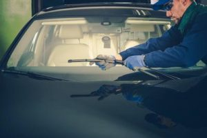 overland park auto glass repair
