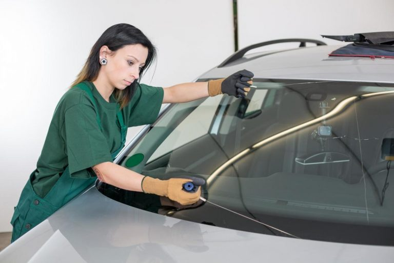 lincoln glass repair cracked windshield recovery